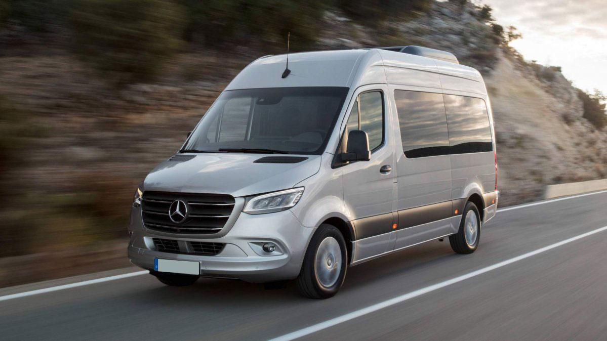 2018-Mercedes-Benz-Sprinter-bella